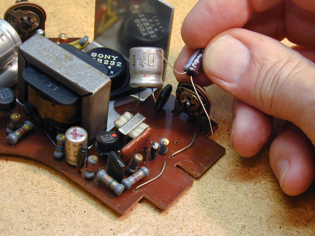 Transistor moreover Minerals Of Modern Technology likewise Everly Brothers likewise Sony8 301WTelevision likewise Page45. on transistor radio from 1940s