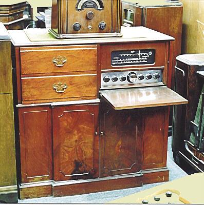 Scott Model 800-B AM/FM/SW Radio (1947)